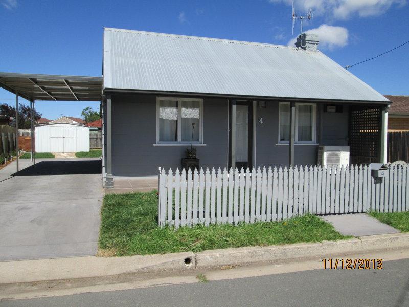 4  USSHERS LANE, Goulburn, NSW 2580
