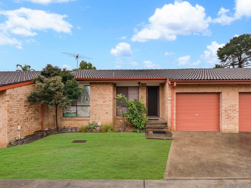 10/3-5 First Avenue, Macquarie Fields, NSW 2564