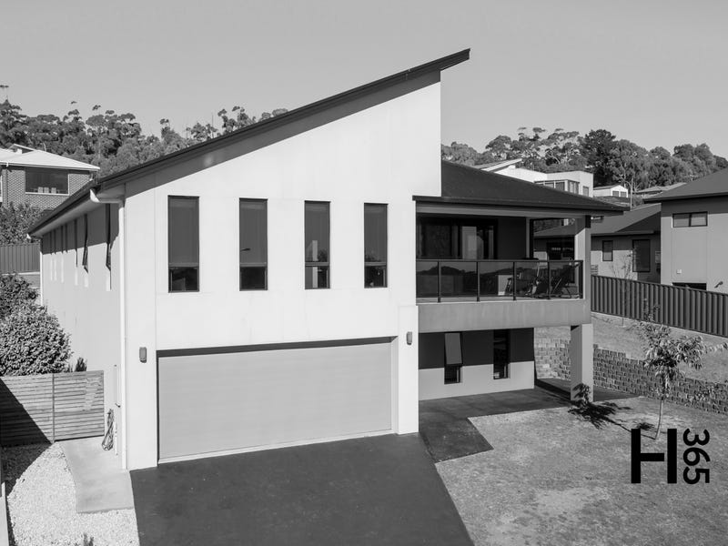 3 McCall Terrace, Stony Rise, Tas 7310