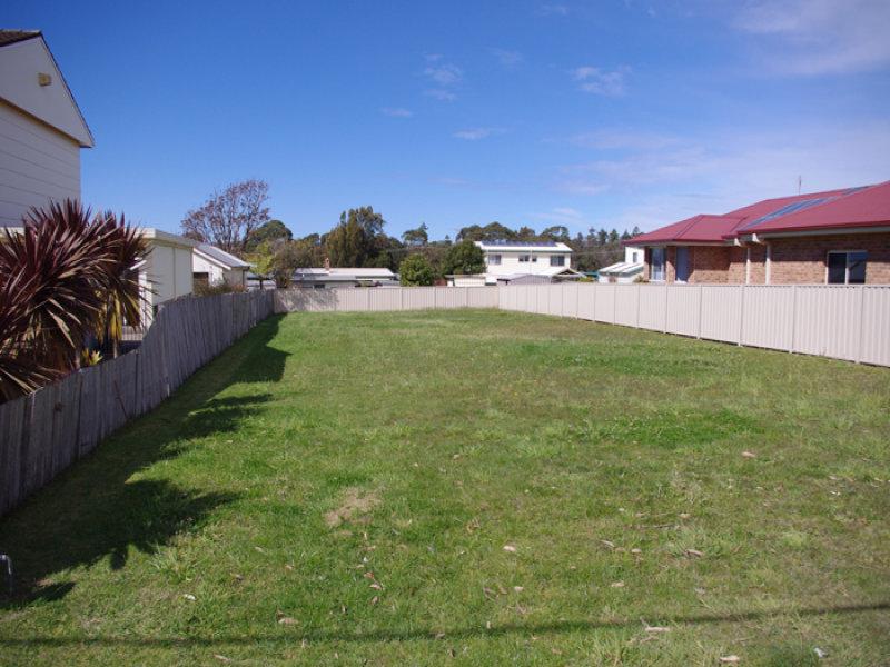 77 Carlton Crescent, Culburra Beach, NSW 2540