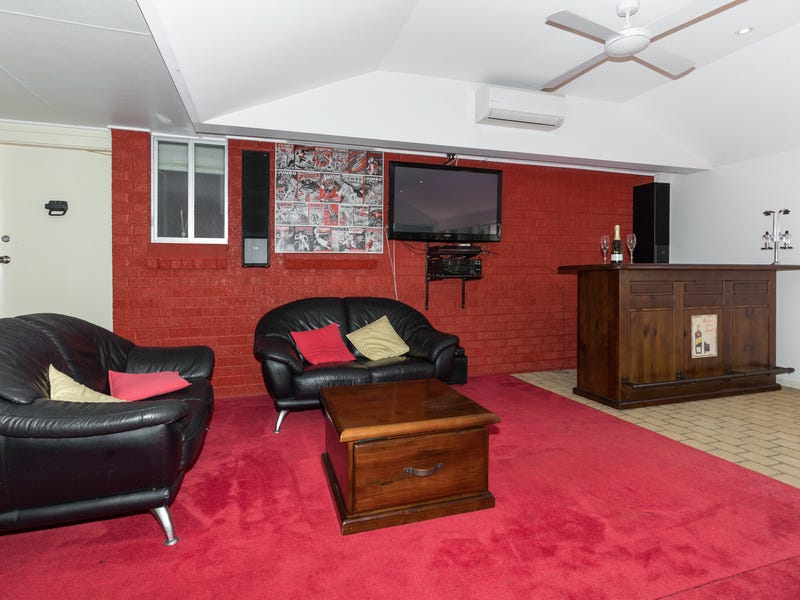 8 Crispsparkle Drive, Ambarvale, NSW 2560
