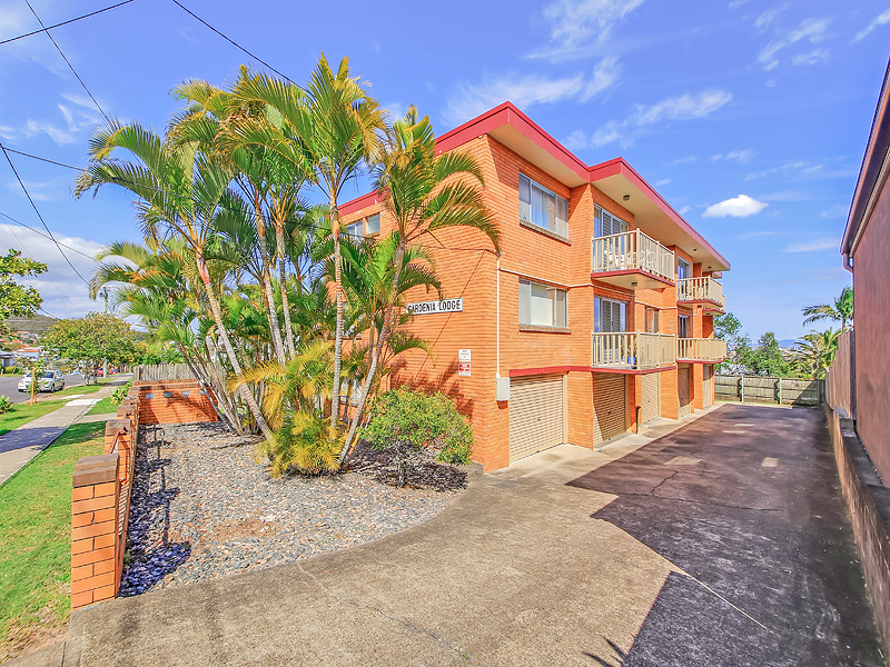 2/15 Bundah Street, Camp Hill, Qld 4152