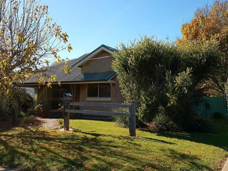 35 Kite Street, Cowra, NSW 2794