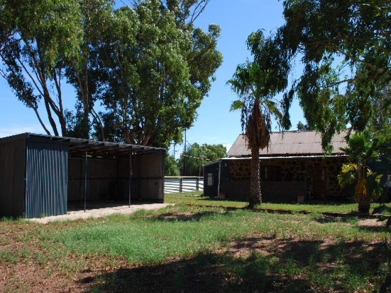 6 Padbury Road, Greenough, WA 6530
