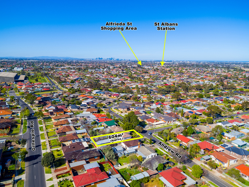 18 Andrew Road, St Albans, Vic 3021