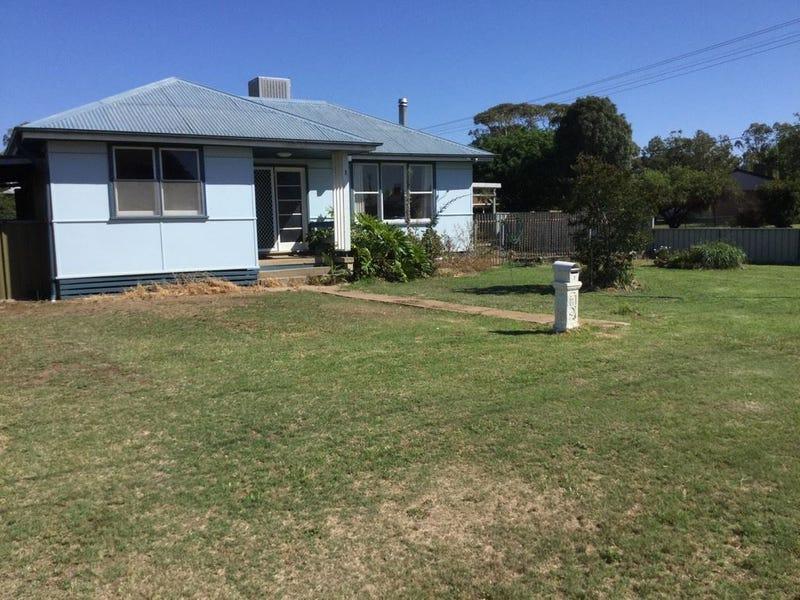 1 Wilson St, Warren, NSW 2824