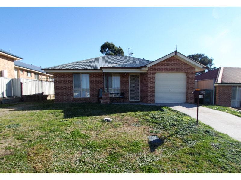 13 Dees Close, Gormans Hill, NSW 2795