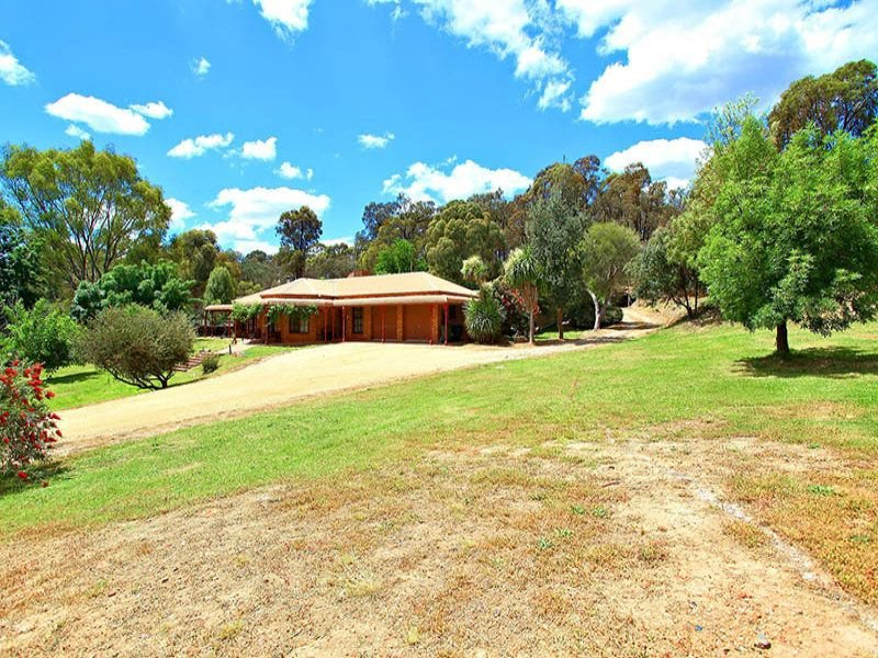99 Diamond Hill Road, Golden Gully, Vic 3555