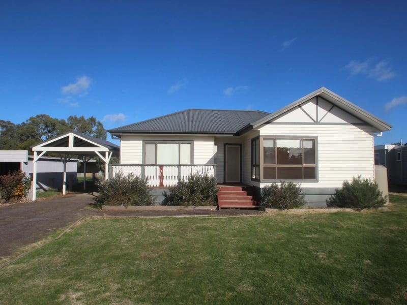 19 Thomas Street, Dunolly, Vic 3472