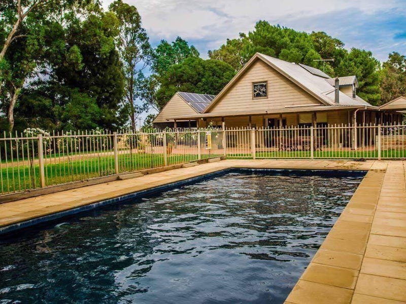 440 Todds Rd, Deniliquin, NSW 2710