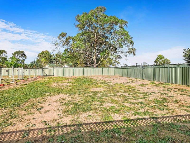 12 Balgownie Road, Prestons, NSW 2170