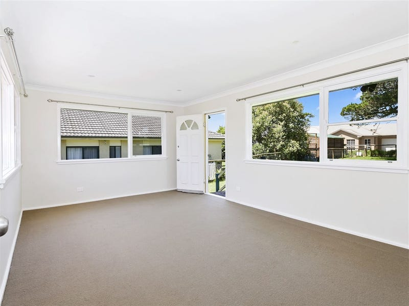15 Main Street, Robertson, NSW 2577