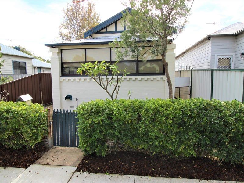 39 George Street, Mayfield East, NSW 2304