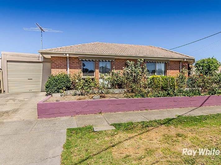 2 Marnie Drive, Cranbourne West, Vic 3977