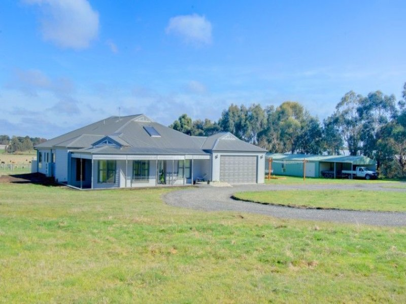 11 McDougall Drive, Magpie, Vic 3352