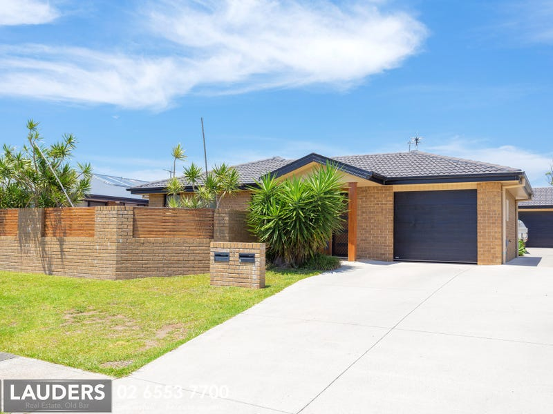 1/11 Yellowfin Avenue, Old Bar, NSW 2430