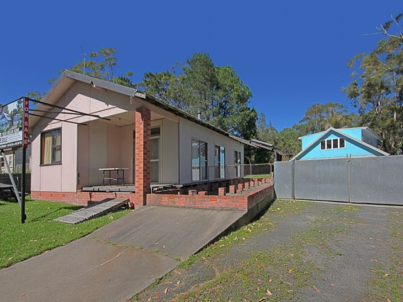 15 Holly Street, Bendalong, NSW 2539