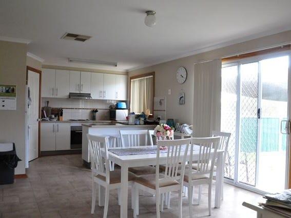 31 Duffy Drive, Cobar, NSW 2835