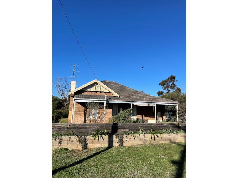 41 Thornber Street, Oaklands, NSW 2646