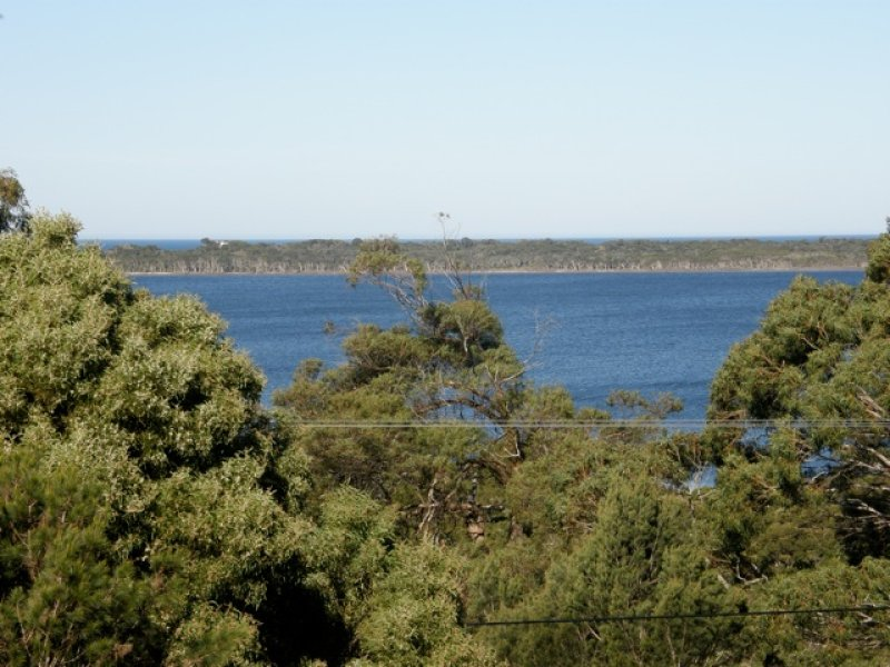 8 Acacia Drive, Ansons Bay, Tas 7264