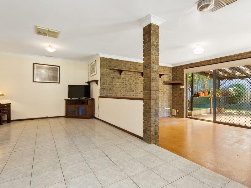 10 Adrina Court, South Lake, WA 6164