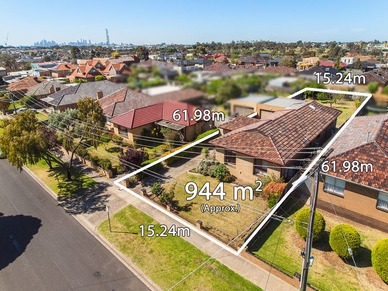 11 Riverside Avenue, Avondale Heights, Vic 3034