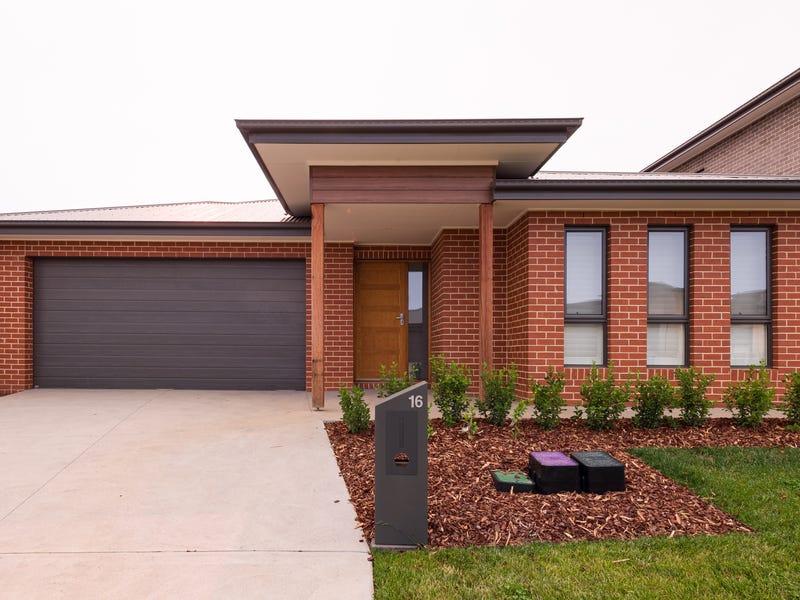 16 Quigley Street, Googong, NSW 2620