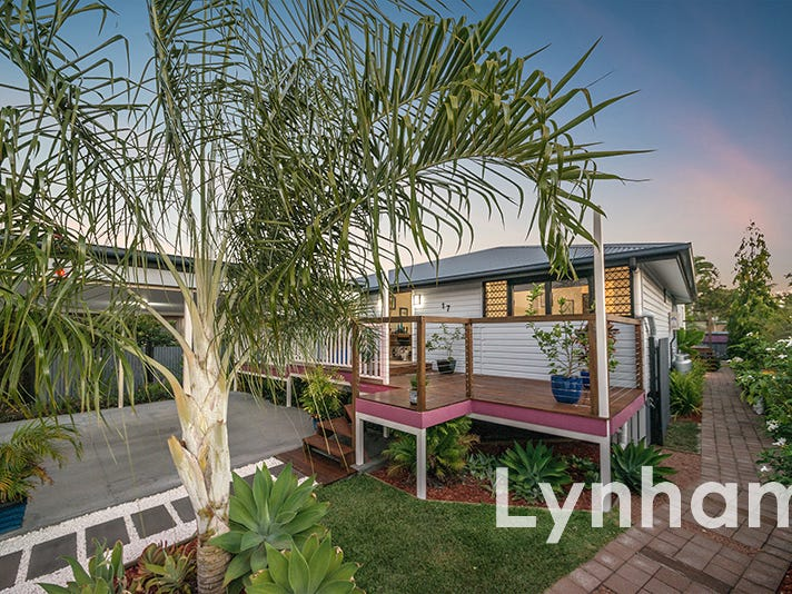 17 Sanderling Circuit, Kelso, Qld 4815