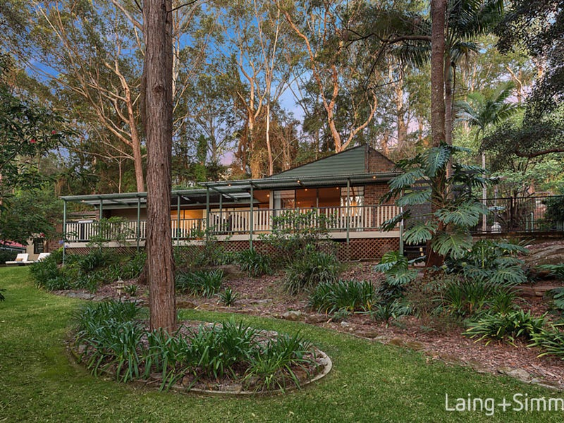 30-32  Greenhaven Drive, Pennant Hills, NSW 2120