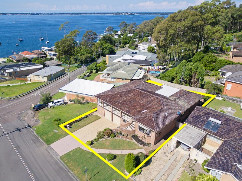 8 Rofe Street, Coal Point, NSW 2283