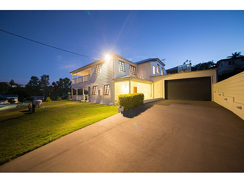 32 Beaconsfield Tce, The Range, Qld 4700