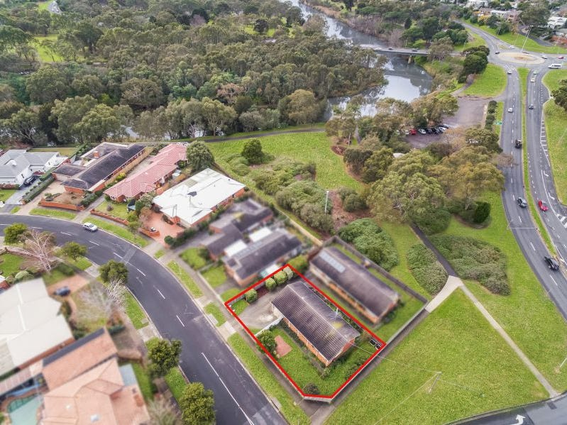 1/1 Barwon Boulevard, Highton, Vic 3216