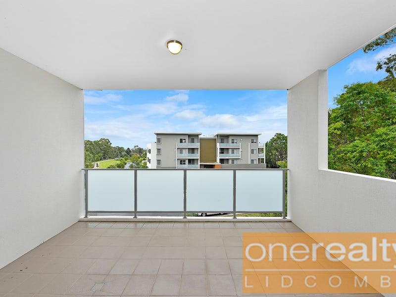 C305/2 ROWE DRIVE, Potts Hill, NSW 2143