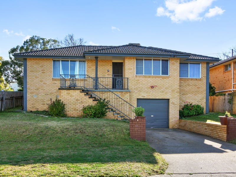 2 Carmichael Avenue, Tamworth, NSW 2340