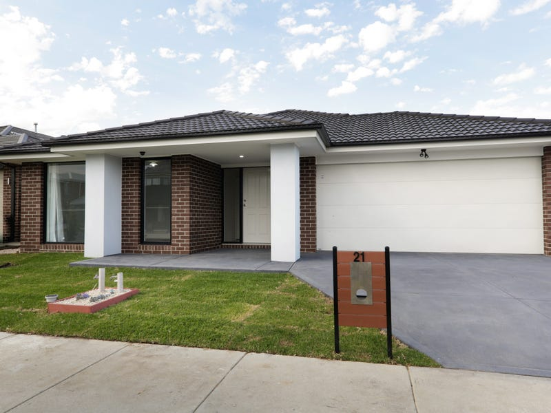 21 Featherdown Way, Clyde North, Vic 3978