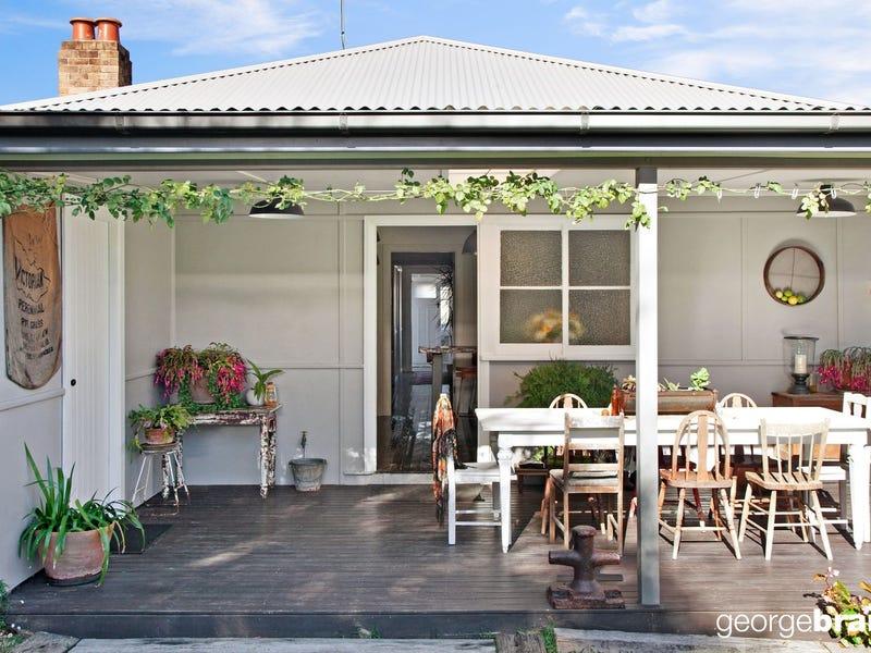 8 Lushington St, East Gosford, NSW 2250