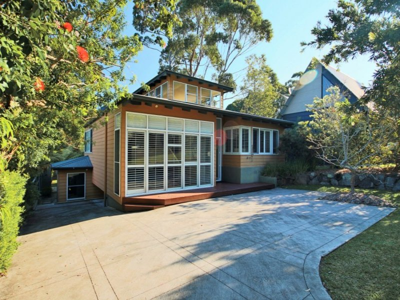 4 Bayview Avenue, Hyams Beach, NSW 2540