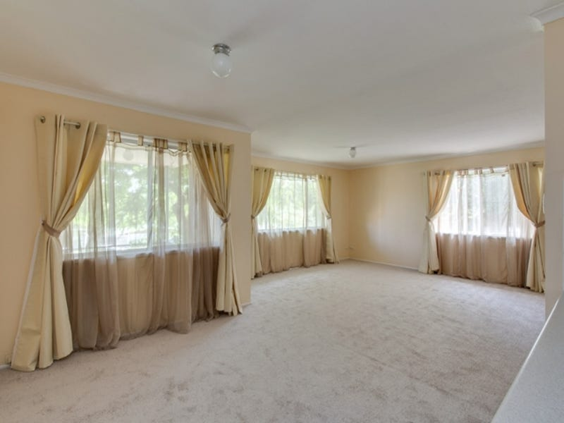 18a Sungold Avenue, Southport, Qld 4215