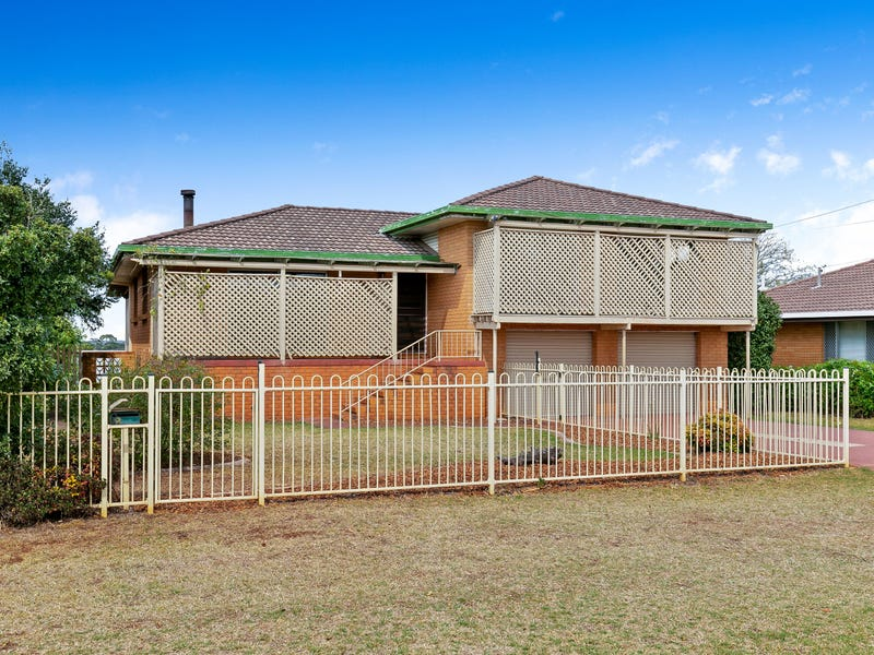 12 Smithfield Street, Harristown, Qld 4350