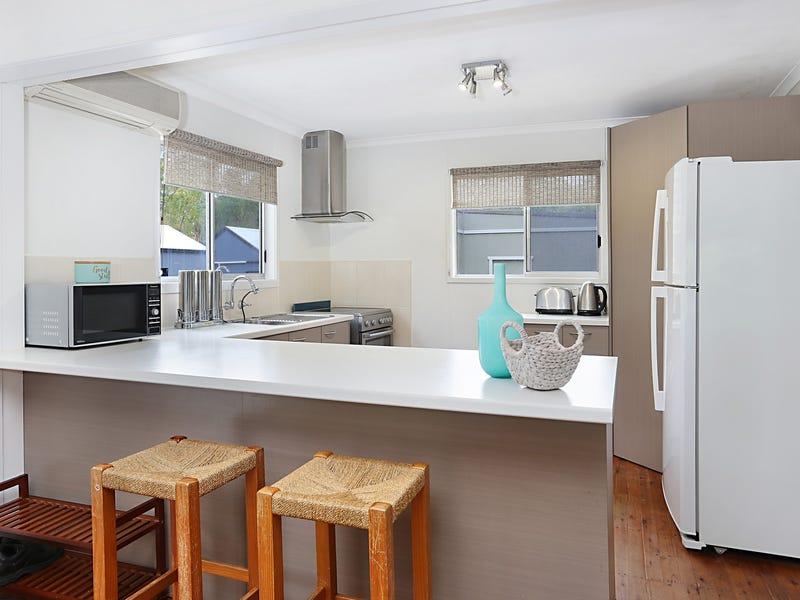 272 Warri Street, Pindimar, NSW 2324