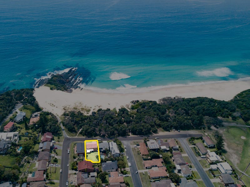 3 Surfriders Promenade, Forster, NSW 2428