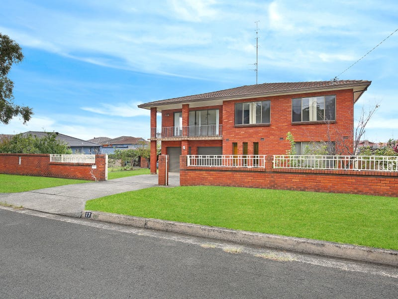 17 Myrtle Street, Coniston, NSW 2500