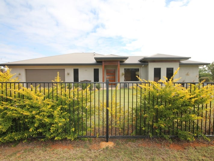 35 ESTATE AVENUE, Charters Towers City