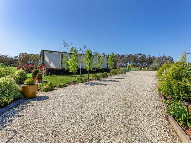 3 Buckland Court, Burrumbuttock, NSW 2642