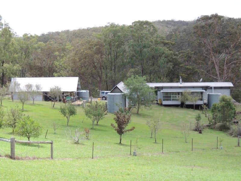 5835 Putty Road, Howes Valley, NSW 2330