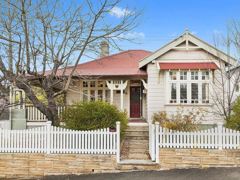 19 Leichhardt Street, Katoomba, NSW 2780
