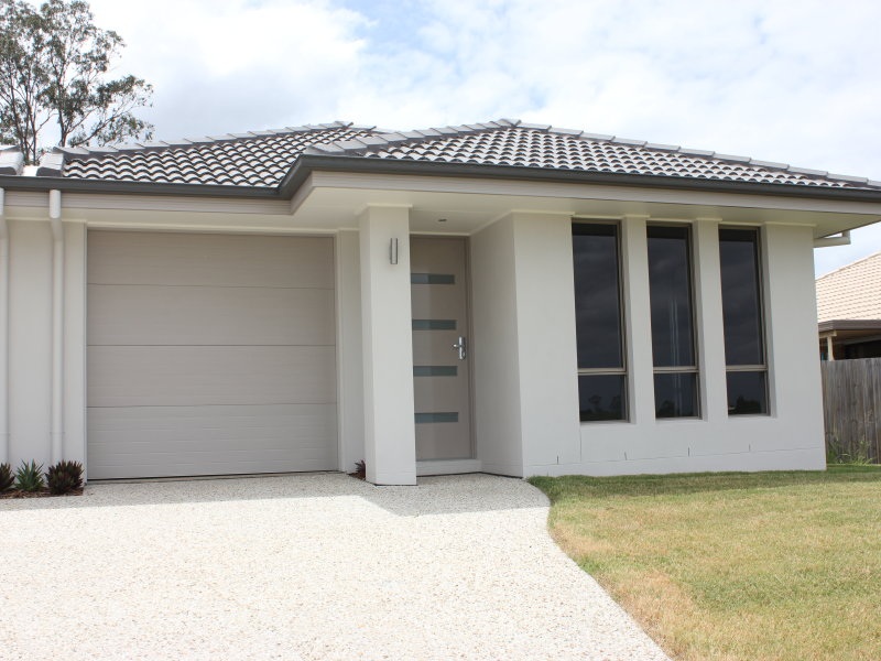 2/11 Benjamin Court, Yamanto, Qld 4305