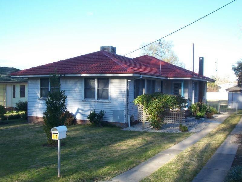 11 Richards Street, Cootamundra, NSW 2590