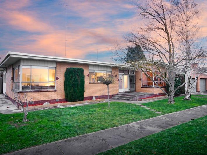 49 Grandview Grove, Wendouree, Vic 3355
