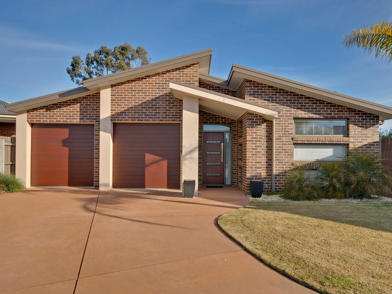 1/4 Morrow Court, Newborough, Vic 3825